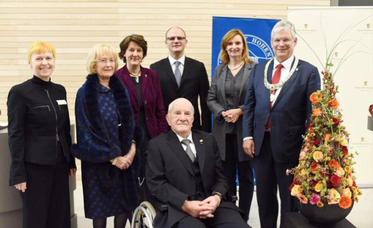 Ceremonial act on 11th November 2016 in the new Otto-Rettenmaier-Audimax at the University of Suttgart-Hohenheim: Sybille Müller, Head of the University of Stuttgart-Hohenheim Building Office, Lore and Otto Rettenmaier, Gisela Splett, Secretary of State for Finance, Ulrich Steinbach, Ministerial Director at the Ministry for Science and Art, Isabel Fezer, Mayor of the City of Stuttgart and Stephan Dabbert, Rector of the University of Hohenheim.