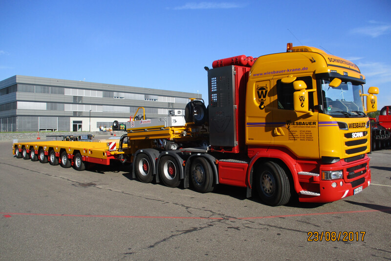 Extremely flexible: the SCHEUERLE-NICOLAS Superflex stands out due to an unrivaled payload/dead weight ratio and thus completely convinced the Wiesenbauer Crane Company from Bietigheim-Bissingen.