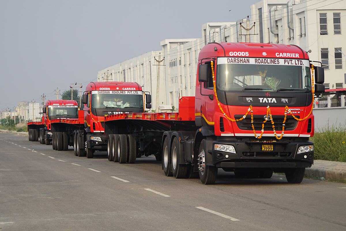 Ready to go: the first three TIIGER Extender vehicles entering service withTII India customer, Darshan Roadlines.